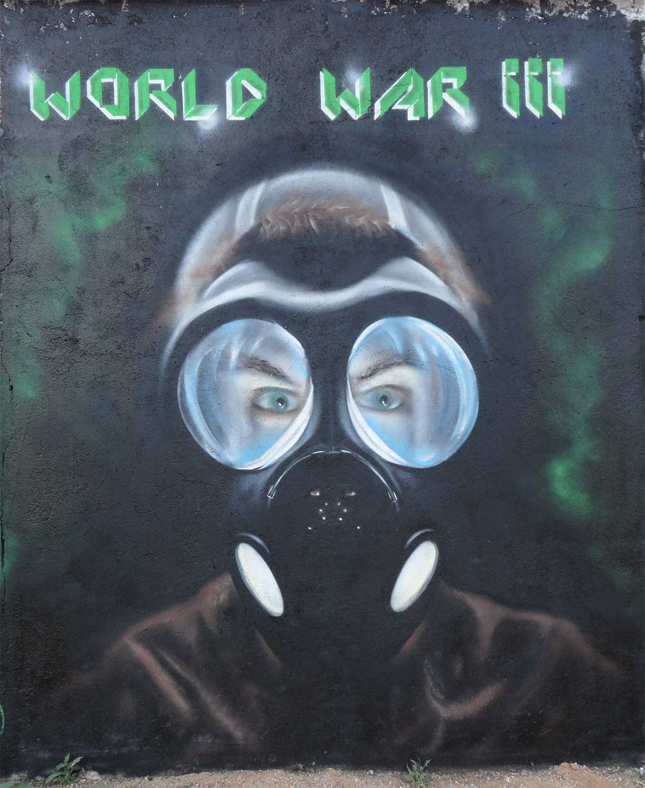 Graffiti guerra nuclear Madrid Zhars